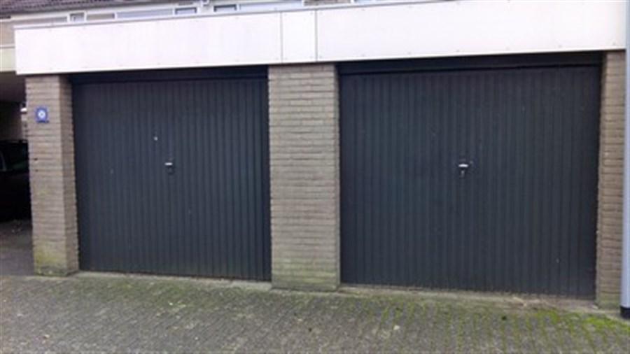 25150-garage_1